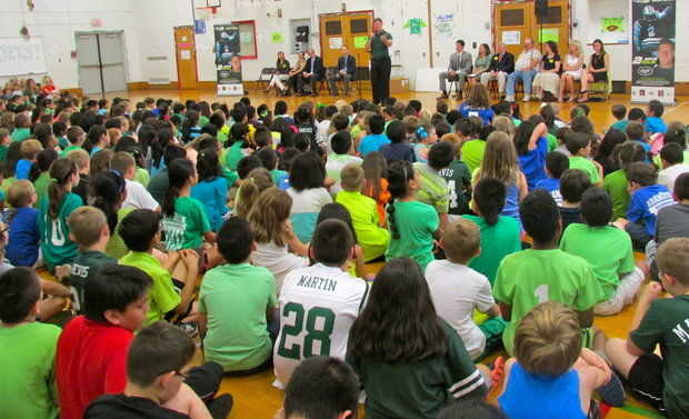 Adamsville School Awarded Grant and Visit from Jets Kicker Nick Folk